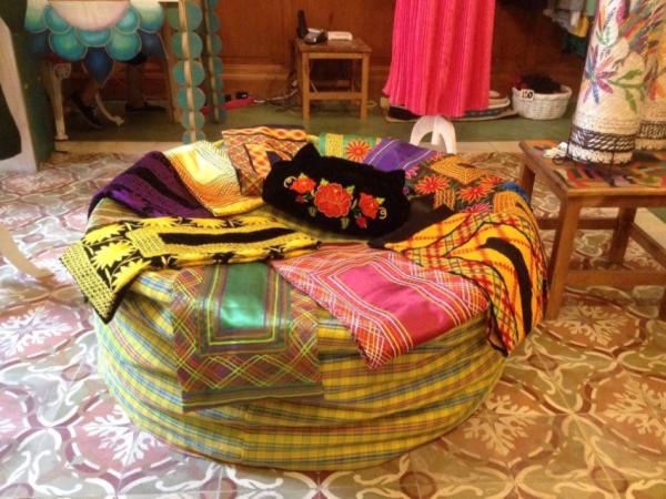 amanoarte-mexico-a-colores-outfit-artesanal-huipiles