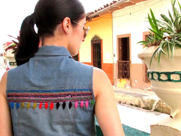 mexico-a-colores-chaleco-mezclilla-kin-mx-bordado-5