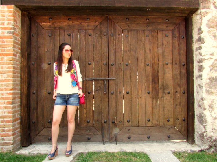 mexico-a-colores-chaleco-lolkina-outfit-artesanal-3