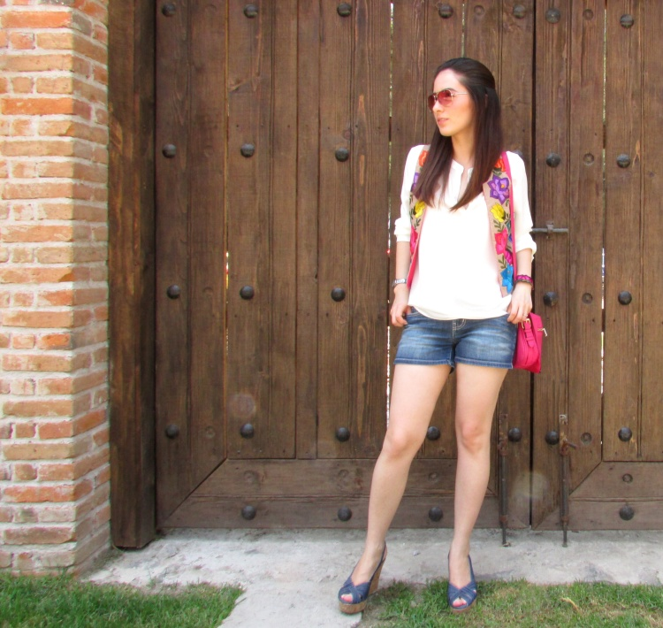 mexico-a-colores-chaleco-lolkina-outfit-artesanal
