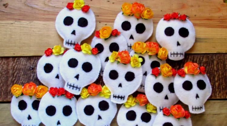 Decoración Para Día De Muertos México A Colores