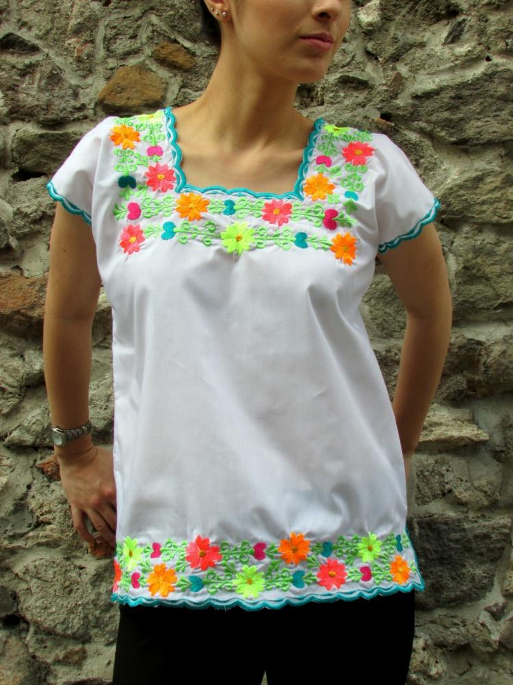 mexico-a-colores-negrita-linda-huipil-yucatan-3
