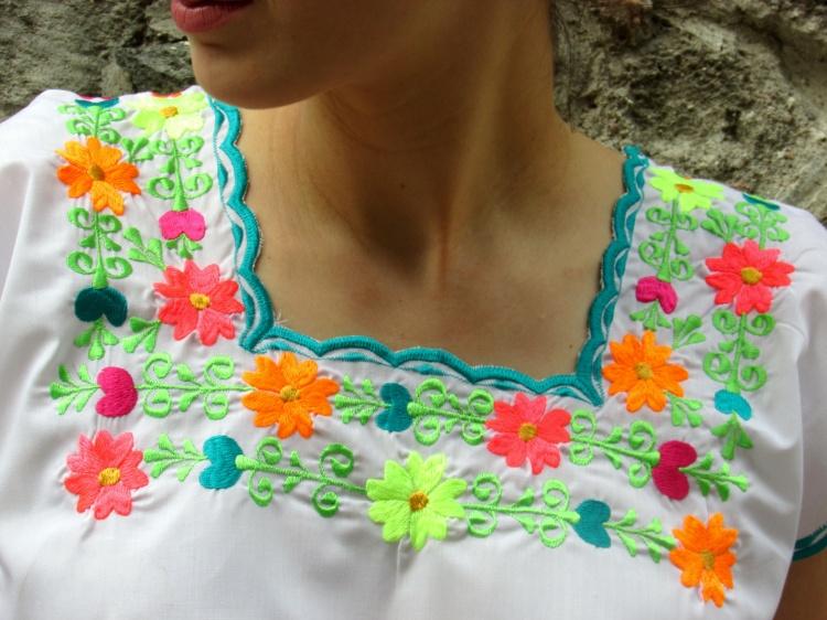 mexico-a-colores-negrita-linda-huipil-yucatan-4