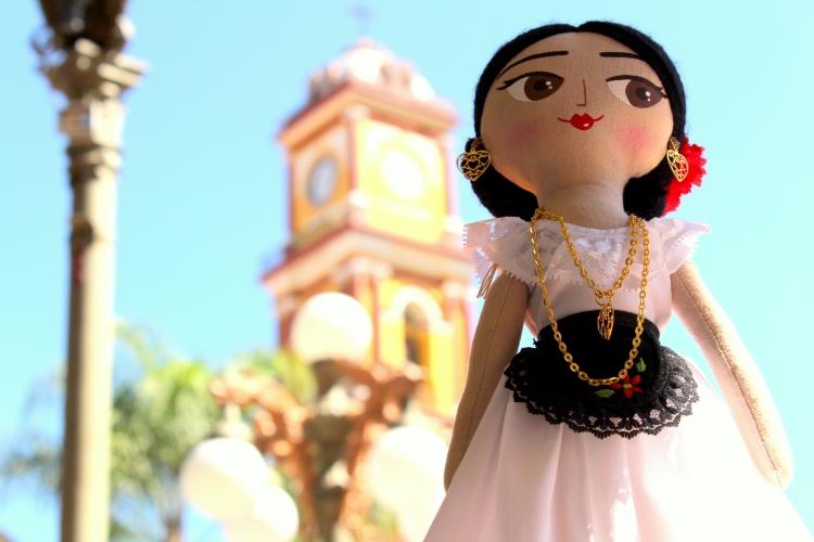 mexico-a-colores-mayeb-muneca-juguetes-mexicanos-1
